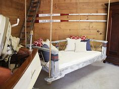 Swing Beds - Boathouse 4