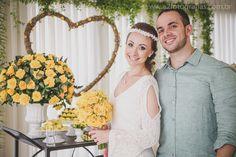 O post de hoje vai ser bem inspirador, principalmente para as noivas que gostam de mini wedding.A Bianca me procurou para contar a história dela no blog e fazer uma surpresa para o maridão! A história deles foi realmente traçada pelo destino, se conheceram no trabalho e de acordo com a Bianca foi amor à […]