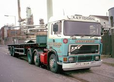 Expand Furniture, Commercial Vehicle, Classic Trucks, Old Trucks, Buses, 1960s, British, Cars, Vehicles