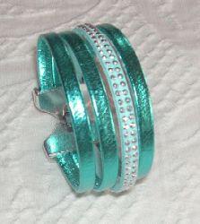 tuccifashiononline-2015-128-bracelet-turq-4-strands-pict1441-223x250 Strands, Bracelet Making, Fashion Online, Bracelets, How To Make, Jewelry, Jewlery, Bijoux, Schmuck
