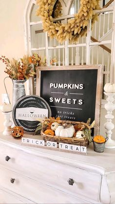 Halloween Table, Halloween Signs, Halloween Crafts, Halloween Decorations, Table Decorations, Fall Table Settings, Trick R Treat, Let Your Light Shine, Fall Is Here