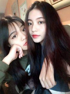 Ulzzang Korean Girl, Cute Korean Girl, Ulzzang Couple, Asian Girl, Yoon Ara, Home Studio Photography, Girl Korea, Selfies, Grunge Girl