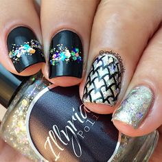 Stunning mani by @indie500nails in Instagram.  Using Messy Mansion Nail Art Stamping Plate MM21