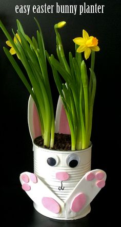 This easy Easter bunny planter craft makes the perfect gift for grandparents! Simple enough for preschoolers, elementary school children, even tweens! to sell ideas handmade Easy Easter Bunny Planter Spring Crafts For Kids, Easter Crafts For Kids, Easter Gift, Easter Bunny, Grandparents Day Crafts, Mothers Day Crafts, Grandparent Gifts, Rabbit Crafts, Bunny Crafts