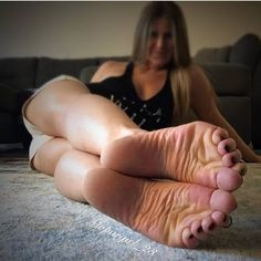 Girls sexy feet