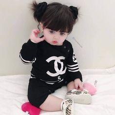 49 Super ideas for korean children fashion baby Cute Kids Photos, Cute Baby Girl Pictures, Baby Boy Photos, Cute Little Baby, Little Babies, Cute Babies, Baby Girl Fashion, Kids Fashion, Fashion Ideas