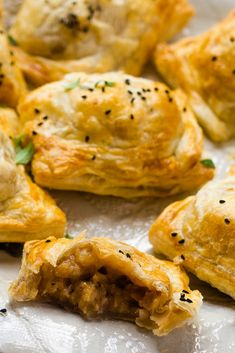 Cheese & Onion Rolls | Happy Veggie Kitchen Veg Recipes, Cooking Recipes, Picnic Recipes, Picnic Ideas, Cake Recipes, Frozen Puff Pastry, Puff Pastry Sheets, Cheddar Bay Biscuits, Cheddar Cheese