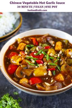 Vegetables in Hot Garlic Sauce is a delicious Chinese style vegetarian gravy. Learn how to make veg hot garlic sauce gravy in a few simple steps. Veg Chinese Dishes, Indo Chinese Recipes, Chinese Vegetables, Indian Food Recipes, Asian Recipes, Fresh Vegetables, Easy Recipes, Vegetarian Gravy, Vegetarian Recipes