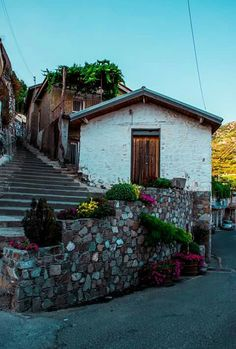 Agros Greece Painting, Paphos, Cyprus, Places To Go, Portugal, Spain, Sidewalk, Europe, House Styles