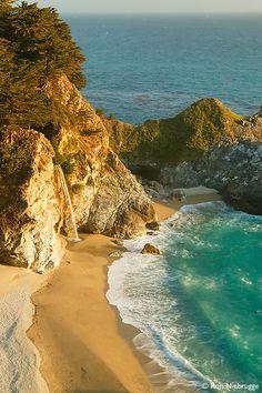 McWay Creek Falls, Big Sur Coast, California (travel, vacation, wanderlust, ocean, beach, places to live)