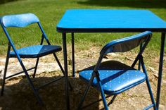 Recover vinyl children's table and chairs