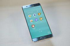 """Samsung volverá a vender su teléfono Galaxy Note 7 en Corea del Sur a partir del sábado tras haber llamado a revisión a miles de aparatos por el riesgo de que sus baterías explotaran, indicó la compañía.  El 2 de septiembre la compañía suspendió las ventas de esta """"phablet"""" y llamó a revisión 2.5 millones de unidades vendidas en diez países después de que se descubriera que en algunos casos las baterías podían explotar.  En Estados Unidos, un mercado clave para Samsung, 60 por ciento de los…"""