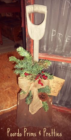 Old shovel for your Winter porch