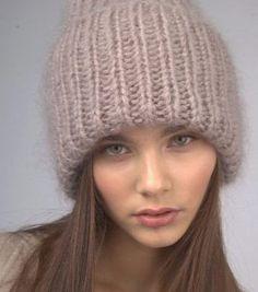 Manta Crochet, Knit Crochet, Knitting Patterns Free, Free Pattern, Beanie Hats For Women, Hat Making, Knit Beanie, Knitted Hats, Womens Fashion