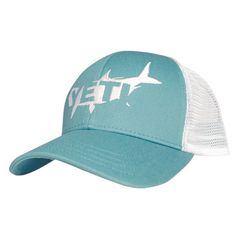 The YETI Sportsmen's Tarpon Hat lets you cover your head in style while telling the world that you're a certified YETI Coolers fan, a master of the angling arts, and a supporter of giant fish. Just li