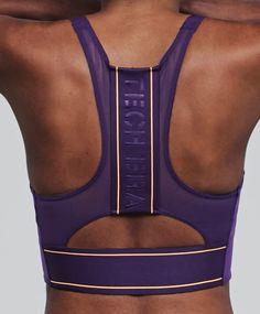 Oysho Sport - New In - Trends in women fashion Fitness Workouts, Ladies Gym Wear, Zip Up Sports Bra, Edgy Girls, Gym Bra, Estilo Fitness, Gymnastics Outfits, Sport Chic, Sport Fashion