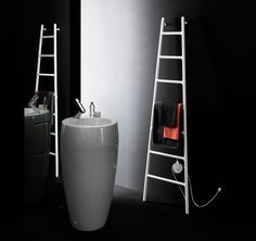 Who would have thought that a humble radiator could be so stunning! Scaletta by Italian studioTubes Radiatoridraws on the vision of a ladder leaning up against a wall. It can perform in the bathr...