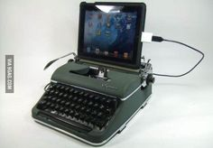 For all of the hipsters out there, behold the iPad Typewriter! Whyyyy
