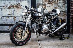 Ducati 900 custom