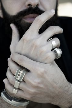 By Margherita Abi Hanna. A series of stacked architectural rings with concrete inlay into them