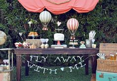 Love these balloons and the Frank Sinatra and Wizard of Oz reference :) 8 Oz-Inspired Emerald Wedding Ideas! | Photo Gallery - Yahoo! Shine