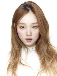 6. Lee Sung Kyung planned on becoming a pianist.