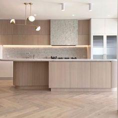 Apartment Kitchen, Home Decor Kitchen, Kitchen Interior, Home Kitchens, House Furniture Design, Home Room Design, Home Interior Design, Contemporary Kitchen Inspiration, Contemporary Kitchen Design