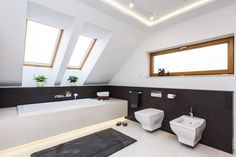 Wondefully chic, simple and beautiful white bathroom with lovely skylights and natural touches of wood. By Michał Młynarczyk Fotograf Wnętrz Ensuite Bathrooms, Bathroom Renovations, Bathroom Faucets, Simple Bathroom, White Bathroom, Modern Bathroom, Sloped Ceiling Bathroom, Bathroom Lighting, Bathroom Curtains