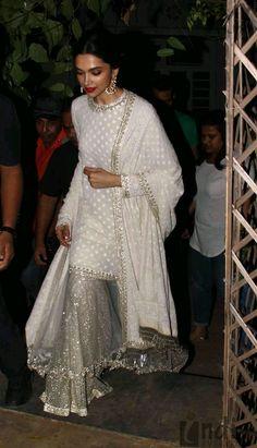Deepika looks stunning! Eid Outfits, Pakistani Outfits, Indian Outfits, Wedding Outfits, Wedding Themes, Wedding Colors, Fashion Outfits, Ethnic Fashion, Indian Fashion