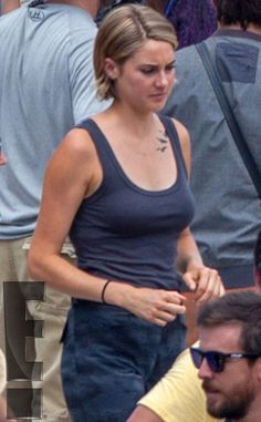 Shailene Woodley from Behind the Scenes of The Divergent Series: Allegiant ? Part 1 | E! Online