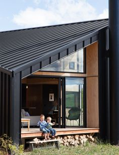 The home's deck has views north to Coronet Peak. See inside Home of the Year 2016 winner for Best Small Home that has us wanting to move in right away. Best House Plans, Small House Plans, Large Sheds, Small Room Design, Inside Home, Diy Shed, Facade House, House Floor, Architecture Design