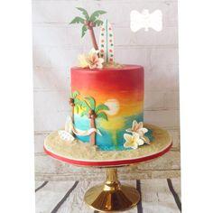 Sunset beach cake Ocean Cakes, Beach Cakes, Hawaii Cake, Hawaii Hawaii, Palm Tree Cakes, Luau Birthday Cakes, Surf Cake, Cake Designs For Girl, Cake Works