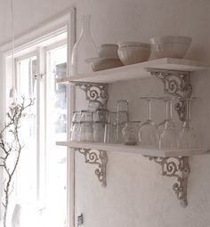 love the ornate brackets.
