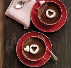 Arte no chocolate quente
