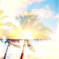 """sandless:    """"bonne nuit mon beau soleil"""" (12/14/2012)  WWW.SANDLESS.TUMBLR.COM"""