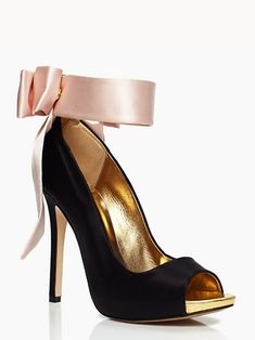 Classic bow tie Indian wedding shoes by Kate Spade with blush pink satin
