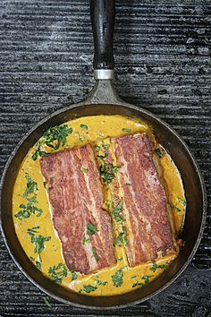 Lamminpään Lumous   Maku Pork Recipes, Diet Recipes, Butter Chicken, Main Dishes, Steak, Good Food, Fun Food, Juice, Food And Drink