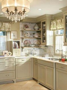 Shabby Chic Kitchen Cabinets Ideas 24