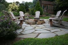 Natural Flagstone Patio & Fire Pit Cyndi's note: read the comments for how-to although this one is fairly complicated for DIY