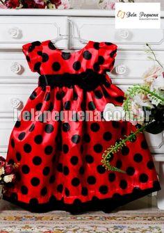 Vestido de criança vermelho com bolas pretas