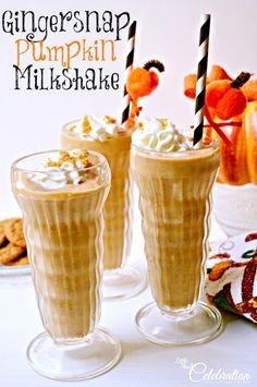 Gingersnap Pumpkin Milkshake - a delicious way to enjoy the frosty side of pumpkin! littlemisscelebration.com