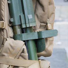 Ce #Puzzle (9/9) clos le reportage photo de l'exercice #Ardennes2016.  L'entraînement organisé par le 3e régiment du génie (#3eRG) au cœur de la ville de Charleville-Mézières tenu du 26 au 29 avril est une étape de leur préparation opérationnelle en vue de ses prochains engagements. L' #entrainement en zone urbaine a permit aux #sapeurs de travailler leurs savoir-faire spécifiques avec mise en œuvre d'un moyen léger de franchissement (MLF) des fouilles opérationnelles un contrôle de foule…