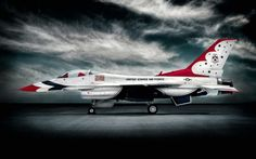 "toocatsoriginals: ""F-16s photographed by Blair Bunting http://www.blairbunting.com """