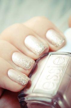 Nude nails w/ glitter