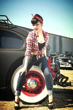 The Rockabilly look isn't new to the fashion scene, but is it more than just a look? Rockabilly is a fashion that runs deeper than style. Rockabilly Style, Rockabilly Outfits, Rockabilly Fashion, Retro Fashion, Vintage Fashion, Rockabilly Girls, Punk Fashion, Lolita Fashion, Pin Up Outfits