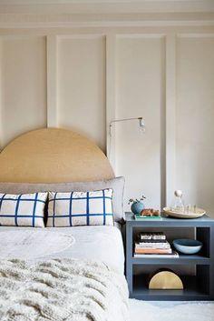 check pillows Cheap Home Decor, Diy Home Decor, Small Space Design, Beautiful Houses Interior, Suites, Decorating Small Spaces, Decorating Tips, Home Decor Bedroom, Bedroom Ideas