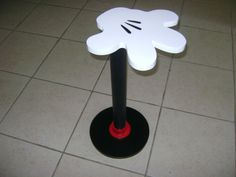 LOOK!! ❤ THIS!! Mickey Mouse Hand Table!!