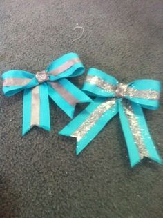 How To Make Cheer Bows   Here is how to make a cute bow that can be used for anything like ...