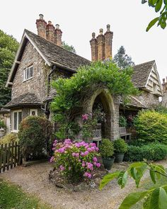 Marvelous country cottage homes - pay a visit to our website for lots more inspirations! Stone Cottages, Cabins And Cottages, Stone Houses, Small Cottages, Fairytale Cottage, Garden Cottage, Cottage Homes, Cute Cottage, Cottage Style