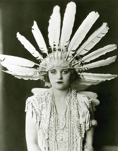 Items similar to Tallulah Bankhead Feather Headdress Ziegfeld Follies Girl Cheney Johnston Art Deco Poster Artwork Photo or on Etsy Mode Vintage, Vintage Love, Vintage Beauty, Vintage Fashion, Vintage Glam, Edwardian Fashion, Vintage Style, Vintage Ladies, Harlem Renaissance